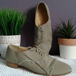 J.CREW canvas khaki green Oxford shoes.